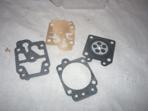 Karburátor membrán tömítés szett fűkaszához és láncfűrészhez 10-12011