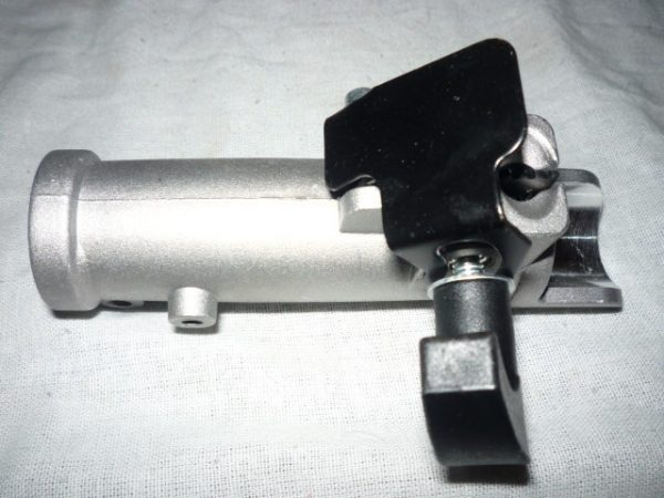 Fűkasza szár toldó 9 bordás 26mm 926SZT