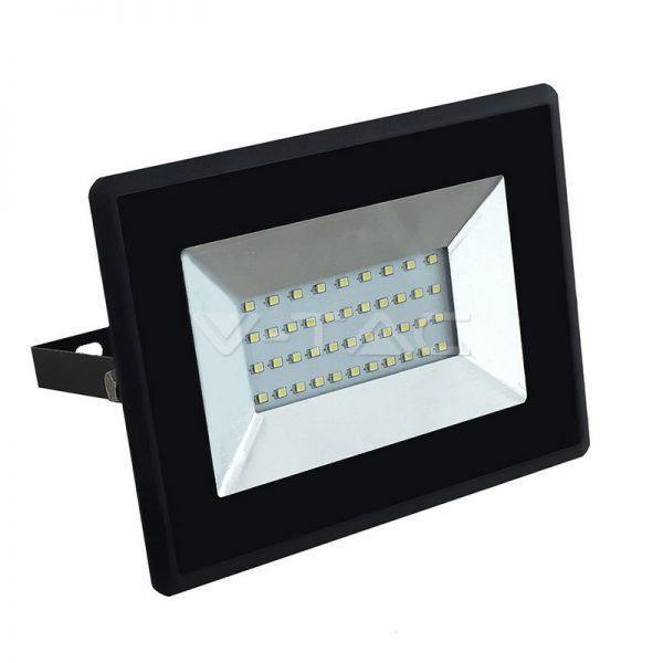 V-TAC kültéri LED reflektor lámpa 30W fekete 4000K természetes fehér 5953