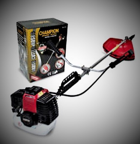 Champion benzinmotoros fűkasza 55cm3 5.2le 3800W CTBC520