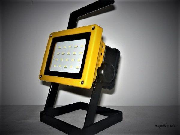 Kültéri akkumulátoros LED reflektor 20W hordozható LFL100W