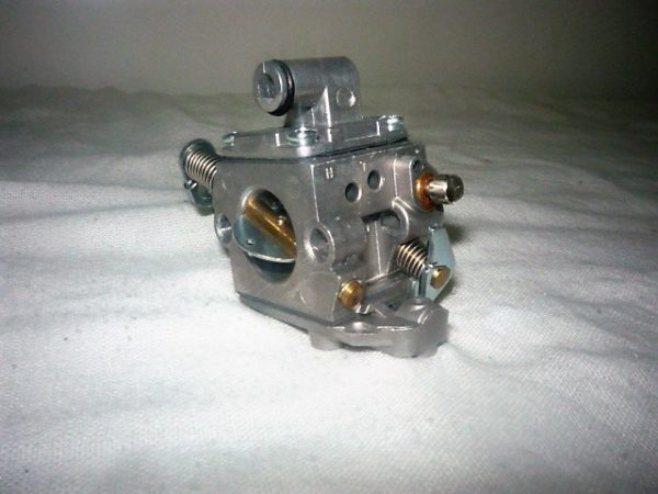 Karburátor Stihl 017 018 MS170 MS170C MS180 MS180C Zama SZ10-04011