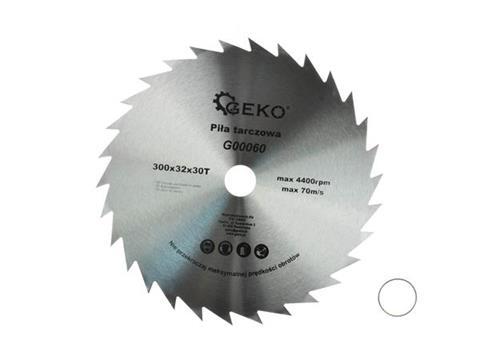 GEKO körfűrészlap fához 300x32x30 G00060