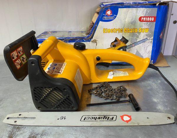 Elektromos láncfűrész 1800W 40cm lappal egyszer használt ELLF1800