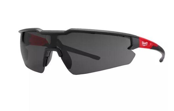 MILWAUKEE Védőszemüveg sötétített napszemüveg 4932471882